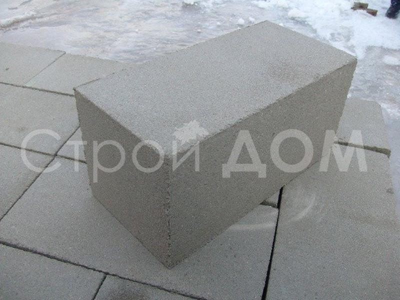 Доставка фундаментных блоков для бытовки на участок Московская область недорого.