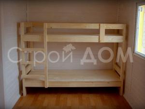 Деревянные кровати в бытовке на заказ. Строительство бытовок с доставкой в Клину, Солнечногорске и Конаково.